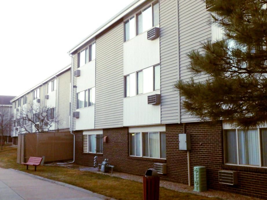 Fir Tree Apartments Comcap